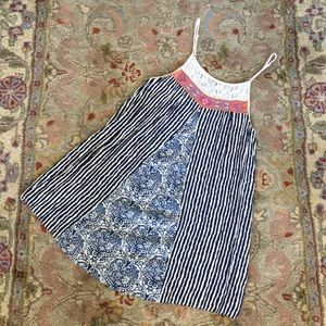 Summer dress by Swell. Size S